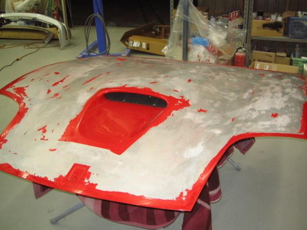 フェラーリ575マラネロ ボンネット修理