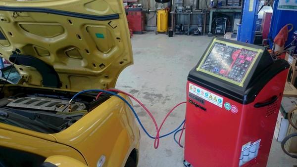 車検整備と一緒にエアコンメンテナンス!