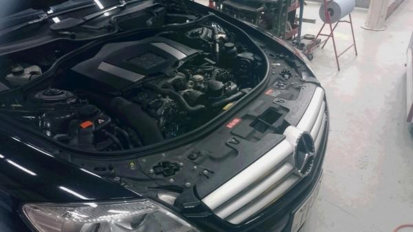 W216 ABCオイル漏れ